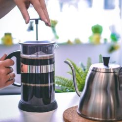 french press coffee maker, easy manual coffee brewer, coffee maker for strong coffee, tea press for loose leaf tea, colourful french press, GROSCHE Zurich