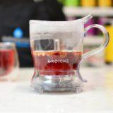 Grosche-Aberdeen-GR-317-on-counter-top-empty-smrt-tea-maker-tea-infuser-after-pouring-red-tea