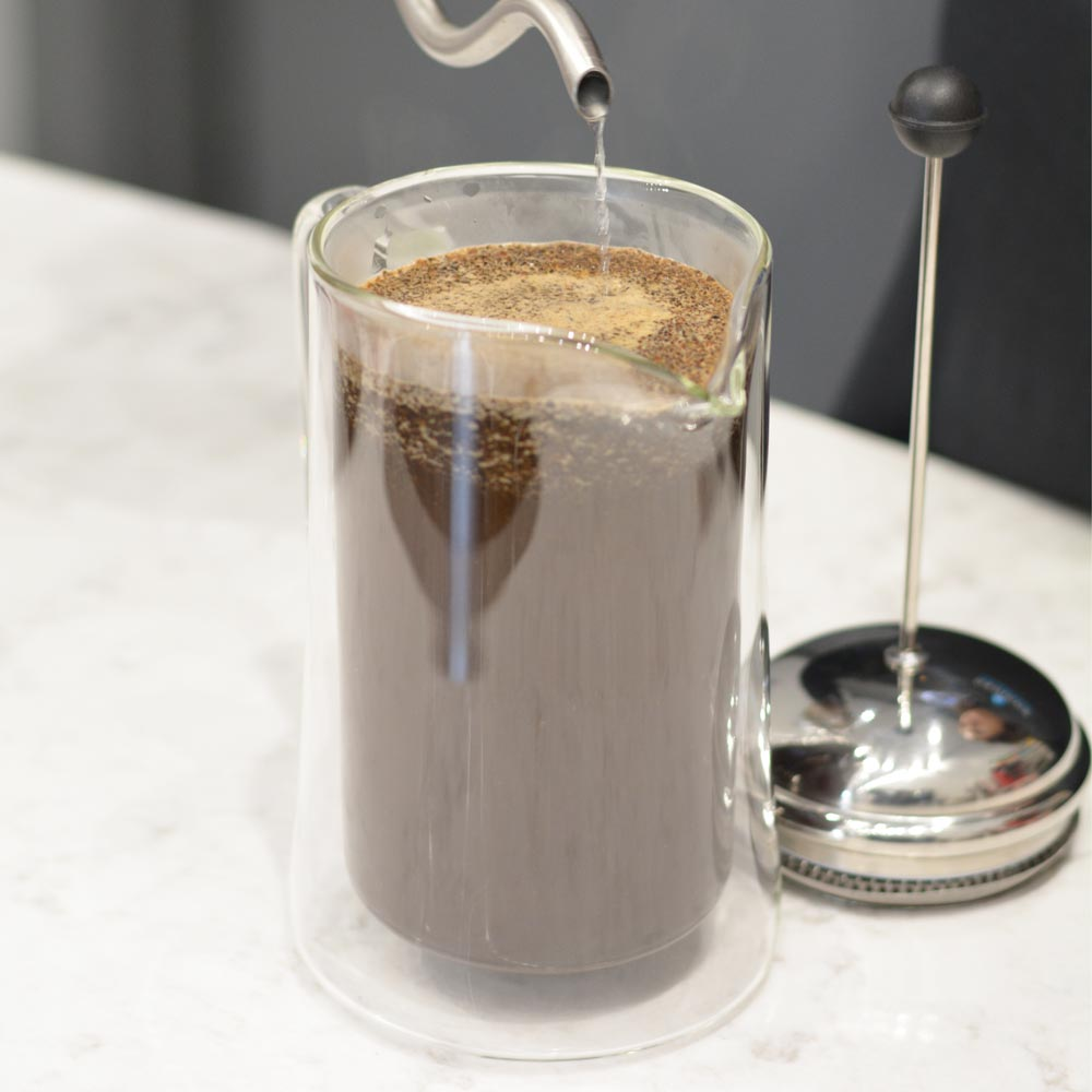Grosche-Stanford-Double-walled-glass-french-press-coffee-froth-close-up