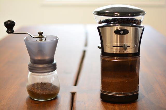 Electric Coffee Grinders ~ Best coffee grinder hand vs electric