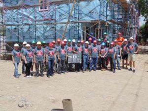 grosche-at-habitat-for-humanity-volunteering