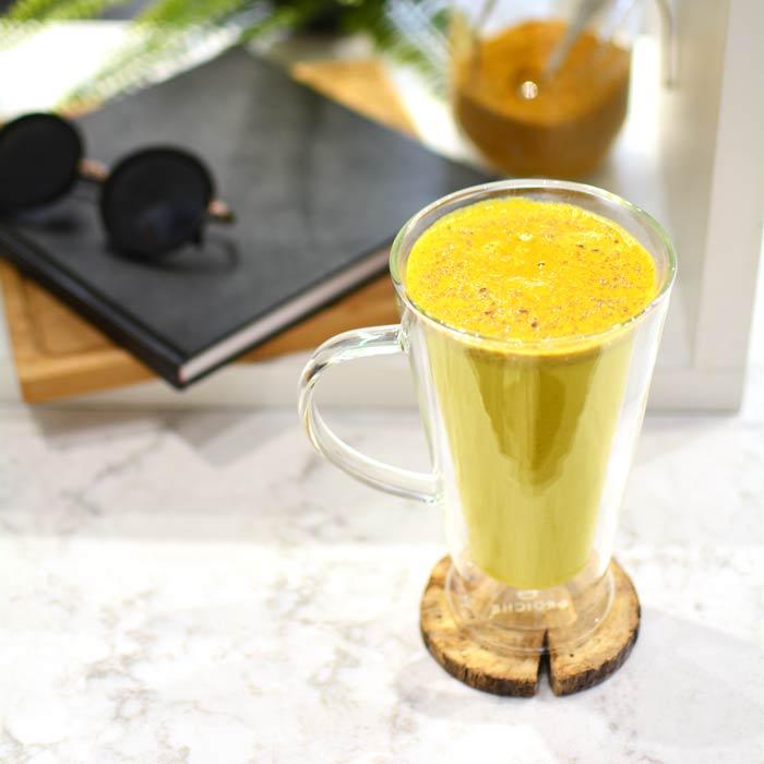 Verona double walled latte mug with Turmeric tea latte superfood
