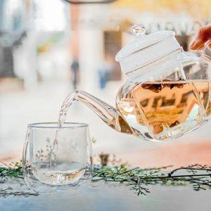 borosilicate glass teapot with infuser, infusion teapot with matching glass infuser, classy glass tea maker, infusion glass teapot for loose leaf tea, GROSCHE monaco pouring tea