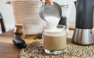 milk-frother-for-making-matcha-tea-sm_blog